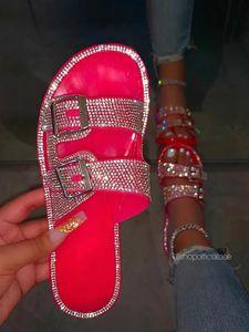 Candy Color Flip Flops Beach Diamond Flat Shoes Women Glitter Slippers Women Summer Sandals Fashion Bling Female Outdoor Sandals