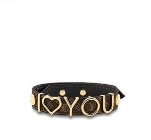 New fashion simple letter design love pattern leather bracelet valentine men and women V leather bracelet