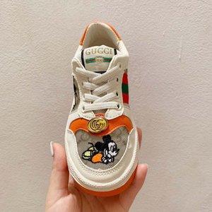 Zapatillas de deporte para niños de dibujos animados niños niñas zapatos infantiles bebé blanco Casual zapatos 2020 de cuero con cordones zapatos de pasarela para niños moda caliente