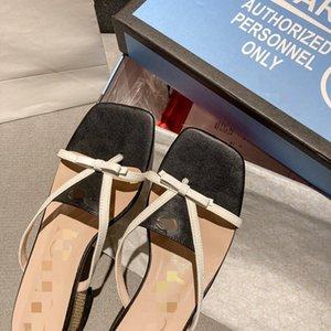 2020 female slippers fashion sandals flat heel casual outdoor non-slip female slippers beach slippers sandals Sapato Feminino A18