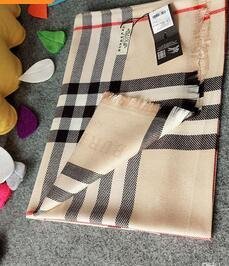 Бренд топ-класса дизайн осень известный дизайнер шарф дамы мода письмо VV роскошный кашемировый шарф шаль высокое качество 180 * 70 см