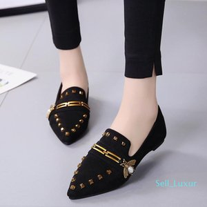 Women Ballet Shoes Designer Rivet Metal Buckle Female Loafers Slip On Casual Shoes Pointed Toe Fashion Espadrilles Ladies Boat Shoes A593