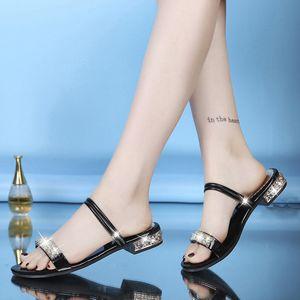 CHAMSGEND 샌들 패션 새로운 여성 두 착용 석 샌들 슬리퍼 로마 신발 여성의 신발 대형 크기의 샌들
