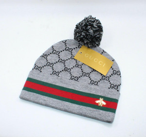 Lana casquillo caliente señora de la abeja Gorro de lana del sombrero del invierno europeo Estilos casquillo caliente y nuevo de la manera a prueba de viento anti-invierno Cap XD22647