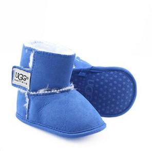 2020 최신 부츠 겨울 아기 신발 신생아 소년 소녀 스노우 부츠 유아 유아 Prewalker 신발 크기 11cm-12cm-13cm를 따뜻하게