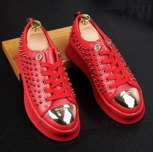 Rebite dos homens Sapatos de Metal fivela Artesanal Dos Homens Mocassins Vestido de Festa de Casamento Sapatos Casuais de Metal Toe Homens Apartamentos da018