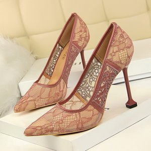 Sexy2019 17175-12 European Wind Fine Super High With Shallow Mouth Sharp Reticular Lace Hollow Out Single Shoe High-heeled Shoes
