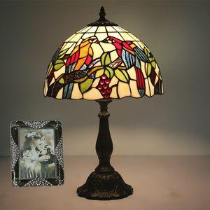Energy Saving Vintage LED paralume di vetro con uccelli Lampade da tavolo stile europeo Art Light Table For Living Room Bed Room Bar Desk Lighting