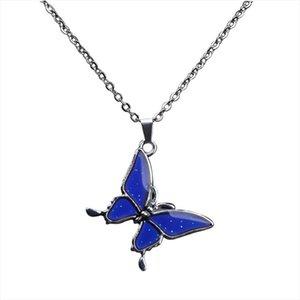 Juchao Mode Contrôle de la température Changement Pendentif papillon couleur Collier inoxydable chaîne en acier Mood Colliers pour femmes