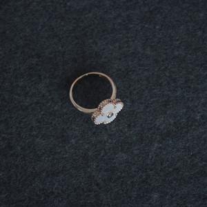 Mãe de Pearl White Diamond Rings Feminino Vintage Clover Mulheres Wedding Fine Jewelry