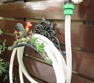 Titular Mangueira de água para Jardim e Casa De Campo País Galo Montado Na Parede de Ferro Fundido Mangueira Cabide De Armazenamento De Armazenamento De Metal Decoração Do Vintage Organizador
