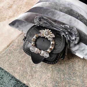 Borsa della spalla del raccoglitore del cuoio genuino del sacchetto della nuova annata di capra Rivet Big metallo del diamante fibbia decorativa singolo diagonale attraverso il piccolo sacchetto