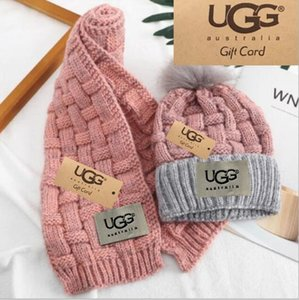 2019 hommes chapeau de marque de mode chaud et les femmes écharpe chaude de haute qualité hiver costume chapeau complet tricot chaud