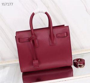 حقائب جلدية مصممة حقائب نسائية متعددة الاستعمالات في الهواء الطلق 32 × 24 سم من حقائب اليد الجلدية