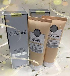 2019 New Hot Confidence in a Cleanser 148ml سيروم منظف للبشرة المتحول للجلد