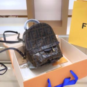 High Quality FF Luxury Designer Backpack Women Brand Handbags Girl Waistbag Shoulder Bags Casual Cross Body Designer Purse Wallet 2070102L