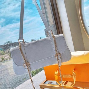 Tasarımcı crossbody çantaları lüks çanta cüzdan çanta tarzı koltuk altı klasik sıcak satış eyer çanta tek omuz çantaları kaliteli pu deri