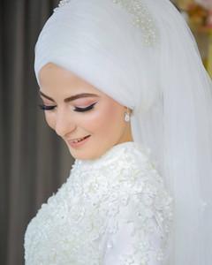 2020 Schöne muslimischen Brautschleier mit vielen Perlenstickerei und Perlen Reale Fotos Bling Bling Muslim Brides Hijab Fingertip Länge