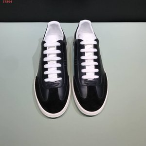 new black latest design for rivets delicate generous casual men shoes Designer Shoes Best Quality Fashion full of personality Casual Shoes