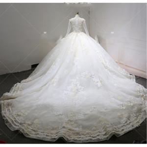Apliques de lentejuelas 3D de la vendimia del cordón del vestido de bola de las flores Wedidng vestidos de lujo más el tamaño de Arabia Saudí Dubai Dubai del vestido nupcial de encargo