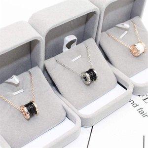 Nuevo collar de cerámica negro femenina de la cadena de clavícula chica de moda collar collar de cumpleaños de regalo el envío libre