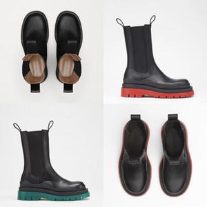 Kadın Boots Retro Perçin Diz Yüksek Boots El yapımı deri Uzun Patik Kadınlar Yüksek Kovboy Çizmesi Moda Günlük Ayakkabılar # 683