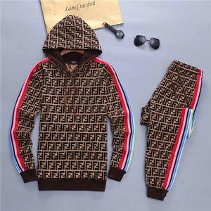 New 2019 Men luxury full zip designer tracksuit man medusa sport suit Men jogger set fashion mens hoo