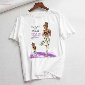 T Shirt Women In The Snow Super Mom Kisses Her Child Ulzzang Style Thin Section Tshirt Casual Streetwear Female T Shirt