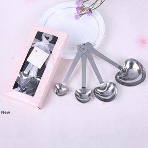 En acier inoxydable en forme de coeur de mesure cuillères à Faveurs de mariage Love New 4pcs / set pour chaque boîte cadeau 300sets / lot RRA2744
