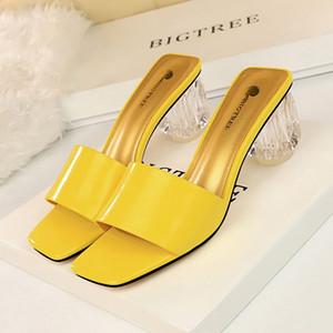 Горячие Продажа-летней женщины на высоких каблуках тапочки сексуальные прозрачный блок пятки сандалии с открытым мыском дамы горками квадратных носок обуви черный красный желтый
