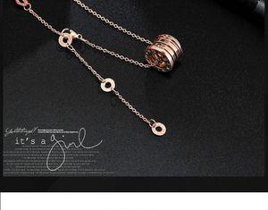 Kadınlar Kolye Tasarımcı Takı Seramik kolye Paslanmaz Çelik Lady Rose Gold Kolye Altın Zincirler Aşk Salkım Wedding Ücretsiz Kargo