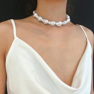 Kpop Single Layer Retro Baroque Irregular Pearl choker Necklace for woman Aesthetic jewelry exaggeration large Necklace