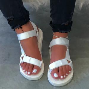 Şeker-renk Bayanlar açık Plaj terlik 2020 yeni kadın ilkbahar / yaz yeni yumuşak-kayma kaymaz sandalet köpük taban dayanıklı sandalet