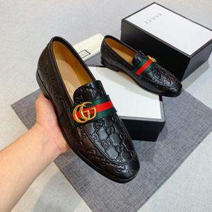 Zapatos de cuero de alta calidad de moda de lujo casuales de conducción Oxford zapatos de los hombres de moda plana Un hombre mocasines italianos de los hombres