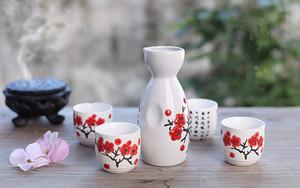 Painted Sake giapponese set mano Tempio di Kiyomizu e Cherry Blossom di vino in ceramica Coppe elegante bottiglia Sake Drinkware orientale Gifts EEA1094