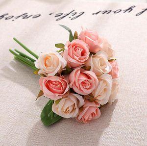 Artificiale del fiore delle rose 12pcs / lot Wedding Bouquet di fiori decorativi fiori di seta di simulazione decorativi 10 colori OOA7266-1