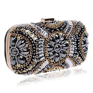 Presente Retro Designer Pedrinhas Evening Diamante Embreagens Purse nupcial do casamento Box Exquisite Minaudiere Handbag partido Bags Evening Clutche