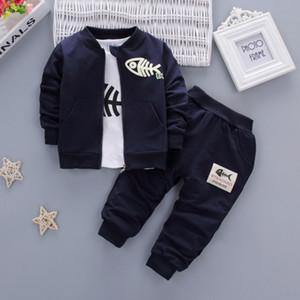 2019 Nouveau mode Coton bébé garçon Vêtements Rouge Marine Bleu Gris Minion Manteau Pantalon T-shirt 3PCS enfants Ensemble Costumes de bébé fille bébé T200404