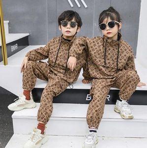 Nova primavera do outono do menino terno 2020 meninos moda meninas macacão estilo britânico de duas peças paletó + calça