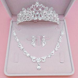 3PCS Set noiva cocar coroa 2020 Princesa Cabelo ornamento europeu e americano Pérolas Flores Círculo Super Casamento Jóias Hoop cabelo