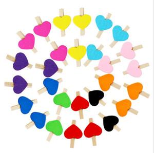 Mini corazón amor madera clip de foto Clothespin Craft postal Clips Inicio decoración de la boda dormitorio decoración HK94