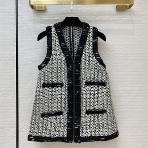 2020 Autumn Women's High-end quality 93% Wool plaid tweed Waistcoat Chic elegant V-neck tweed Vest C012