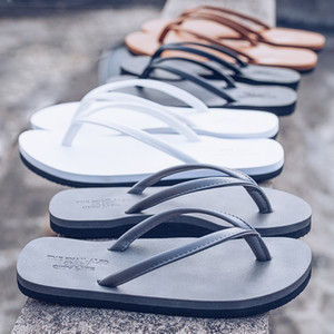 Couple Flip Flops Beach Shoes 4 colors Men Women Wear resistant non-slip personality pinch sandals Travel slippers students Street Style