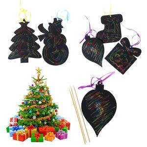 Çocuklar için 17pcs Magic Color Sıfırdan Kart Noel ağacı Süsler Çizilmeye Sanat Kağıt Boyama Kartları Kazıma Çizim Oyuncak