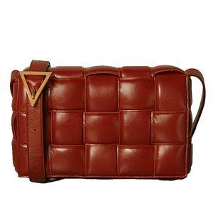2020 Kaliteli diyagonal kareli yastık çanta omuz çantası dokuma basit küçük kare paket kaset sünger çanta inek derisi çanta ins