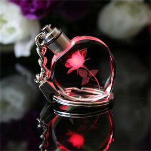 Neue Fee Crystal Rose quadratischer Kristall LED-Licht Keychain Liebes-Herz-Schlüsselanhänger Ring Schlüsselanhänger für Geschenk Q0895