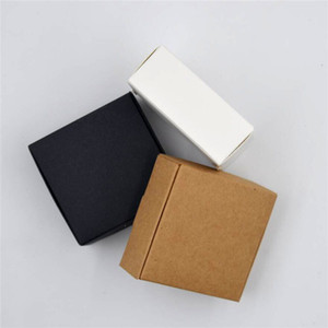50PCS الصغيرة الأسود أبيض كرافت هدية الورق المقوى ورقة مربع التعبئة والتغليف كرافت حزمة الكرتون للتغليف الصابون المصنوعة يدويا مربع / حلوى