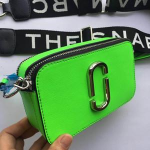 2020 meistverkauften Herbst und Winter neue Damen breite Schultergurt Kameratasche Schulter kleine quadratische Tasche Schlagfarbe Mini Umschlag Umhängetasche