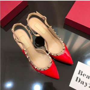 Rivet high-heeled shoes, pointed small women's sandals, women's bags, large women's shoes