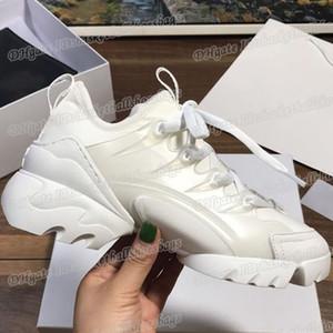 Ollymurs 2019 Ladies Sneakers Mulheres tênis para fêmeas Atlético moda de luxo menina Marca Shoes Casual na venda Favorita
